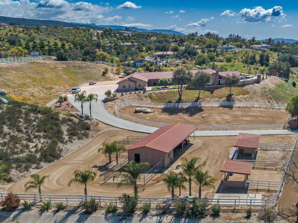Photo of 41224 Los Ranchos Circle, Temecula, CA 92592
