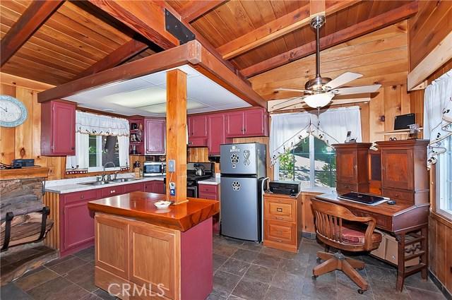 33072 Juniper Ln, Green Valley Lake, CA 92382 Photo 7