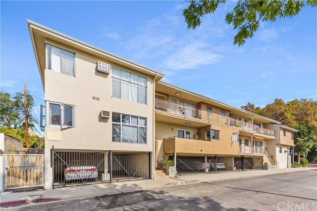 Prime location, value-add 12-unit property located at 7949 Romaine Street in West Hollywood.  7949 Romaine comes with a great unit mix, consisting of (10)1-Bed/1-Bath units and (2)2-Bed/2-Bath units. 2 of the 1-Bed/1-Bath units will be delivered vacant at the close of escrow, allowing for immediate upside.  This is a large 9,592 sqft building that sits on a 6,181 sqft lot. It has 8 gated parking spaces that are conveniently located for the tenants.  Being delivered at a 2.17% Cap, this property offers over great rental upside with a Market 6.87% Cap and 10.7 GRM. This is the perfect opportunity for an owner/user buyer or an investor looking for a value-add product in a high demand rental neighborhood.