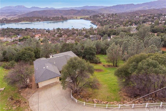 17414 Greenridge Rd, Hidden Valley Lake, CA 95467 Photo 4