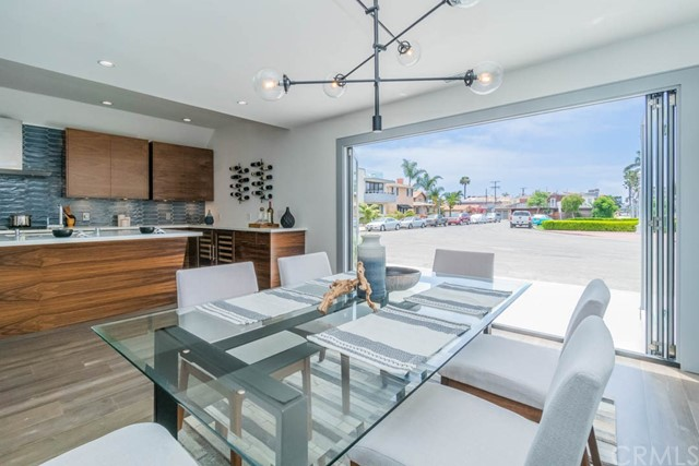 93 Corinthian, Long Beach, CA 90803