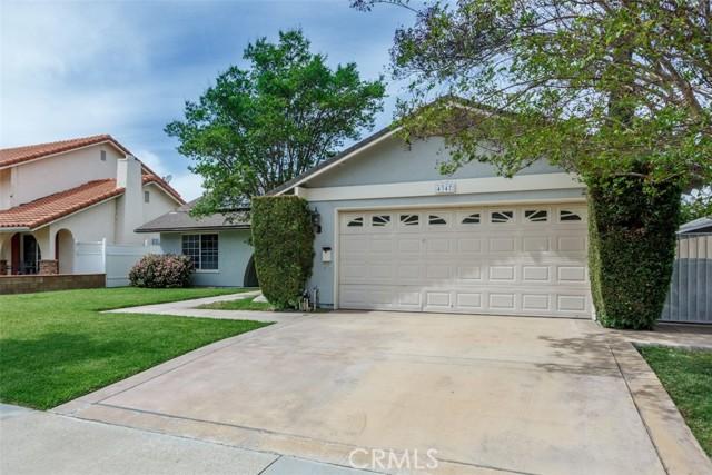 4347 E Addington Dr, Anaheim, CA 92807 Photo 2