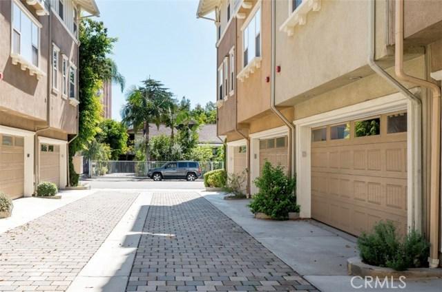 6517 La Mirada Avenue, Hollywood, CA 90038