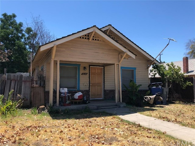 2044 E Clay Avenue, Fresno, CA 93701