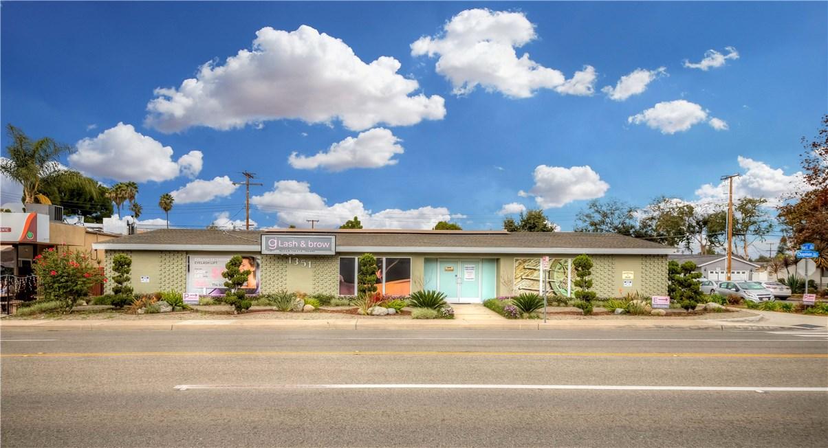 1351 E Chapman Avenue, Fullerton, CA 92831