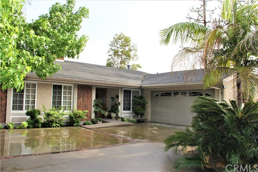 2202 E Valley Glen Lane, Orange, CA 92867