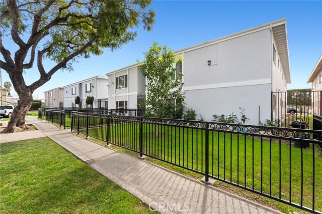 1226 E Borchard Avenue, Santa Ana, CA 92707