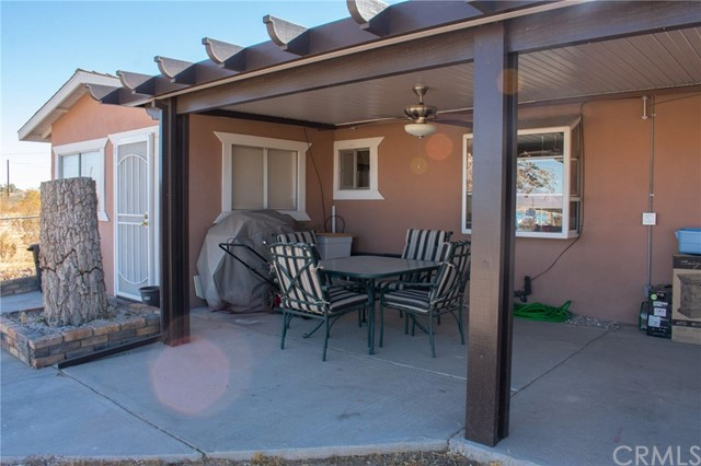 32362 Sutter Rd, Lucerne Valley, CA 92356 Photo 5