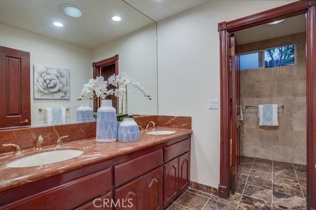 Guest Bathroom Upper Level I