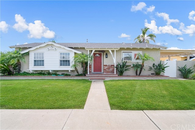 2420 W Random Drive, Anaheim, CA 92804