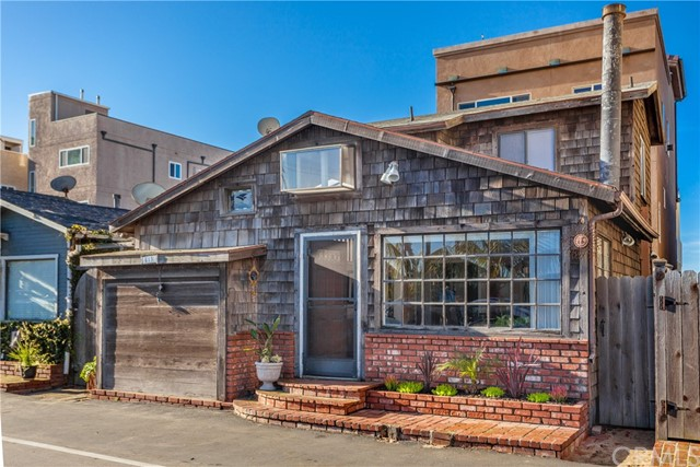 13 C Pacific Ave., Surfside, CA 90743