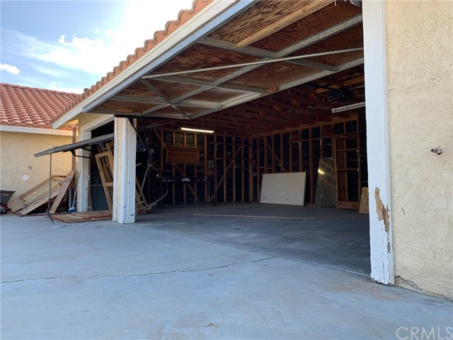 9561 Akron Rd, Lucerne Valley, CA 92356 Photo 23