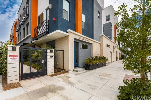 2. 231 Elm Avenue Long Beach, CA 90802