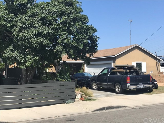 First time on the market since 1946!  Cozy 2 bedroom, 1 bath, 2 car garage in Newport Heights area on a 6000+ sq ft lot. All appointments subject to an acceptable offer.