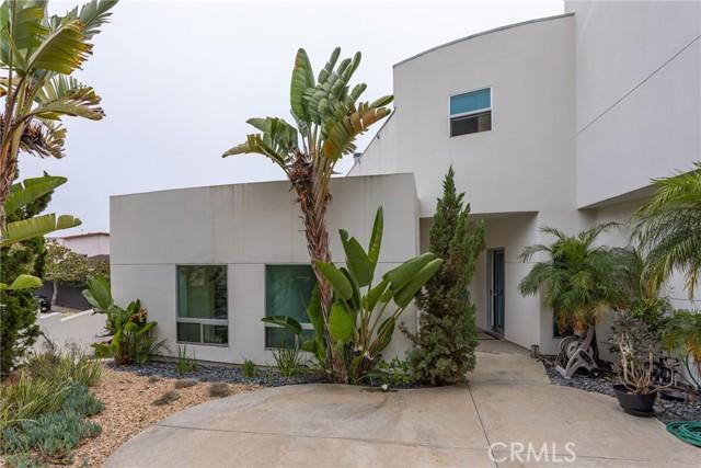 30. 600 LORETTA Drive Laguna Beach, CA 92651