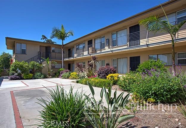 855 W Huntington Drive Arcadia, CA 91007