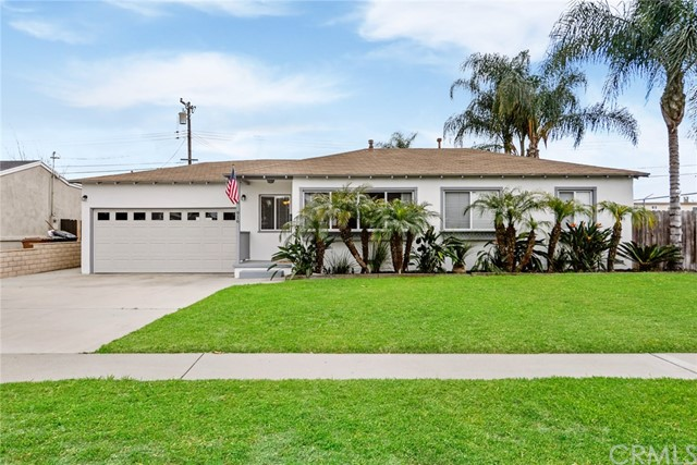 916 W Southgate Avenue, Fullerton, CA 92832