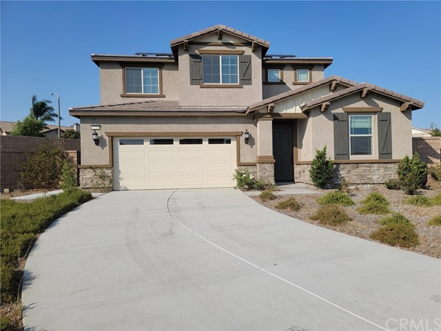 """Beautiful new build in 2018 by Pulte Home on a huge cul de sac land.  As you enter the front door, you will be greeted with gorgeous wooden flooring throughout the house. You have an open dining/living area and an open family/kitchen area on the first floor. There's a full bath with a bedroom and downstairs as well. Upstairs you will find a huge loft where you can entertain guests or just have another """"retreat"""" for yourself. There's 3 bedrooms upstairs with a lovely Master suite. All stainless steel appliances are included in the sales, and Solar system is paid off.  And no HOA for this property."""