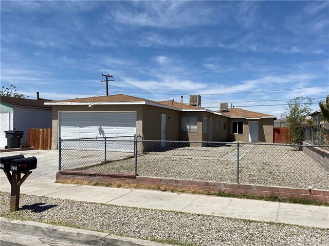 813 E Fredricks St, Barstow, CA 92311 Photo