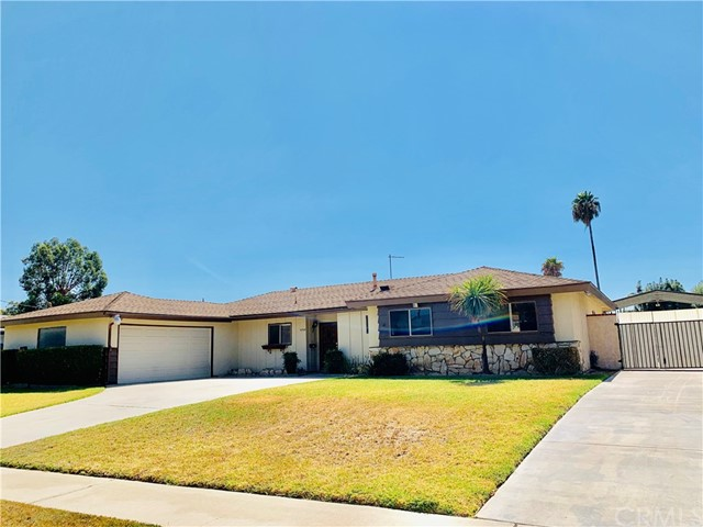 6288 Apple Avenue, Rialto, CA 92377