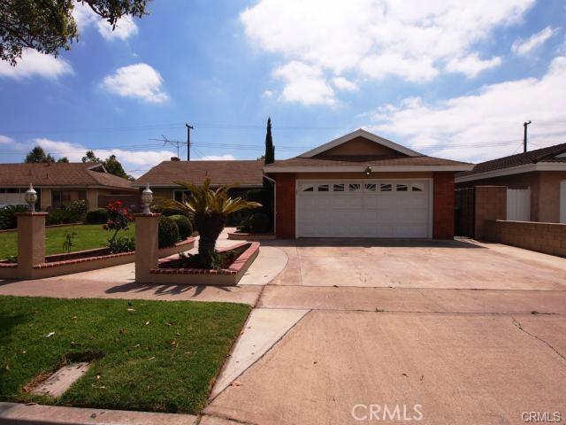 2209 S Linda Way, Santa Ana, CA 92704