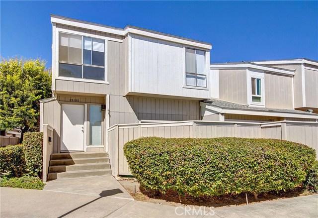 2810 W Segerstrom Avenue D, Santa Ana, CA 92704