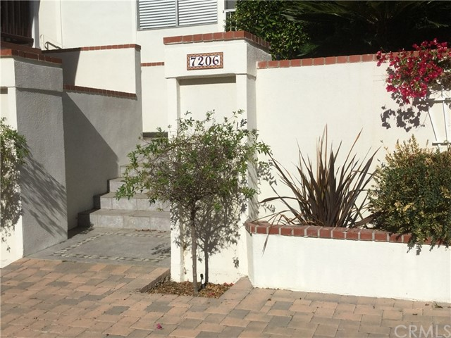 7206 CREST Road, Rancho Palos Verdes, California 90275, 5 Bedrooms Bedrooms, ,1 BathroomBathrooms,For Rent,CREST,SB17246993