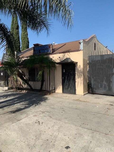 1529 W Florence Avenue, Los Angeles, CA 90047