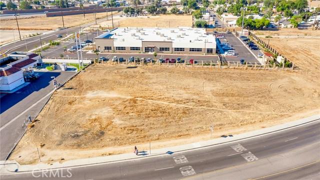 202 Redlands Avenue, Perris, CA 92571