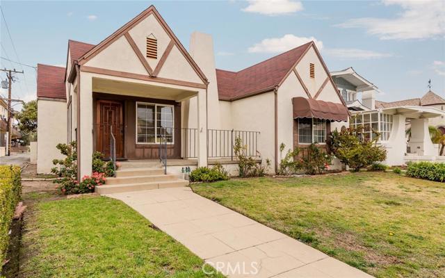 205 Avenue F, Redondo Beach, California 90277, 2 Bedrooms Bedrooms, ,1 BathroomBathrooms,For Sale,Avenue F,SB16014899