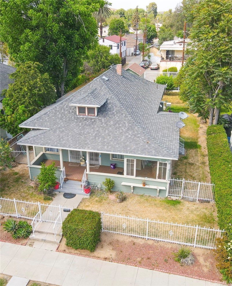 4143     Mission Inn Avenue, Riverside CA 92501