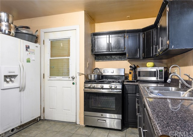 6. 2060 E 131st Street Compton, CA 90222