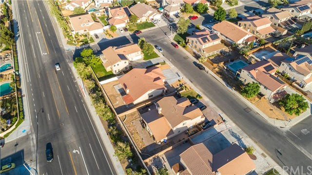 34. 12728 Water Lily Lane Victorville, CA 92392