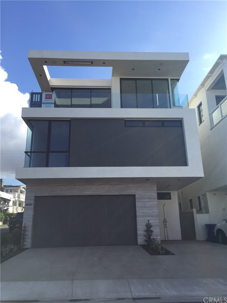 New Construction by Matt Morris Development. Forever views from Catalina to Malibu. Stunning contemporary design showcasing Matt Morris Development's commitment to quality and passion for excellence.