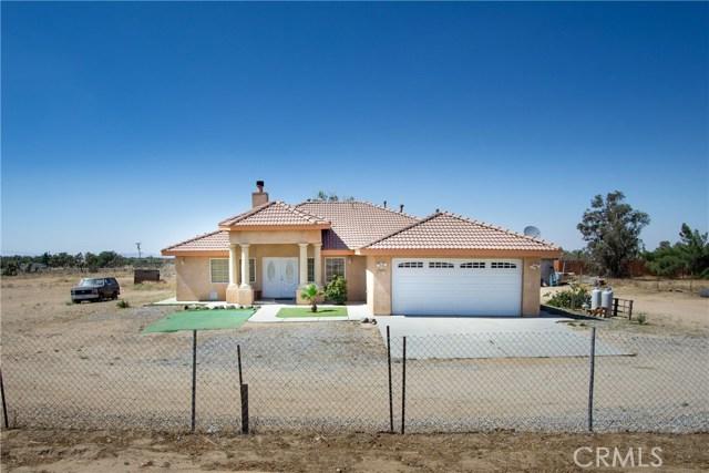 5922 Smoke Tree Road, Phelan, CA 92371