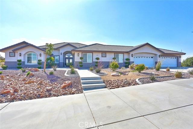 7490 Rodeo Road, Oak Hills, CA 92344