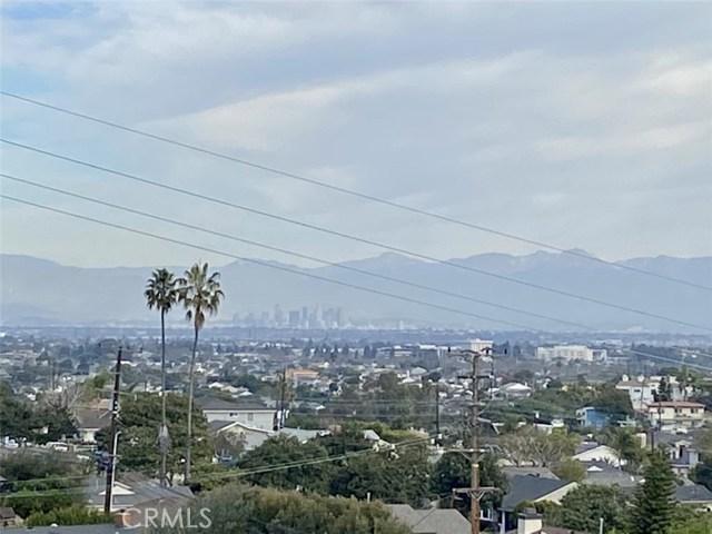 downtown LA, city lights & mountain views