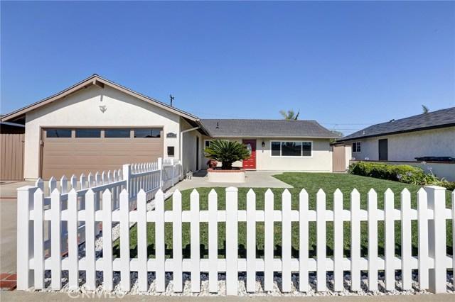 14422 Chateau Lane, Huntington Beach, CA 92647