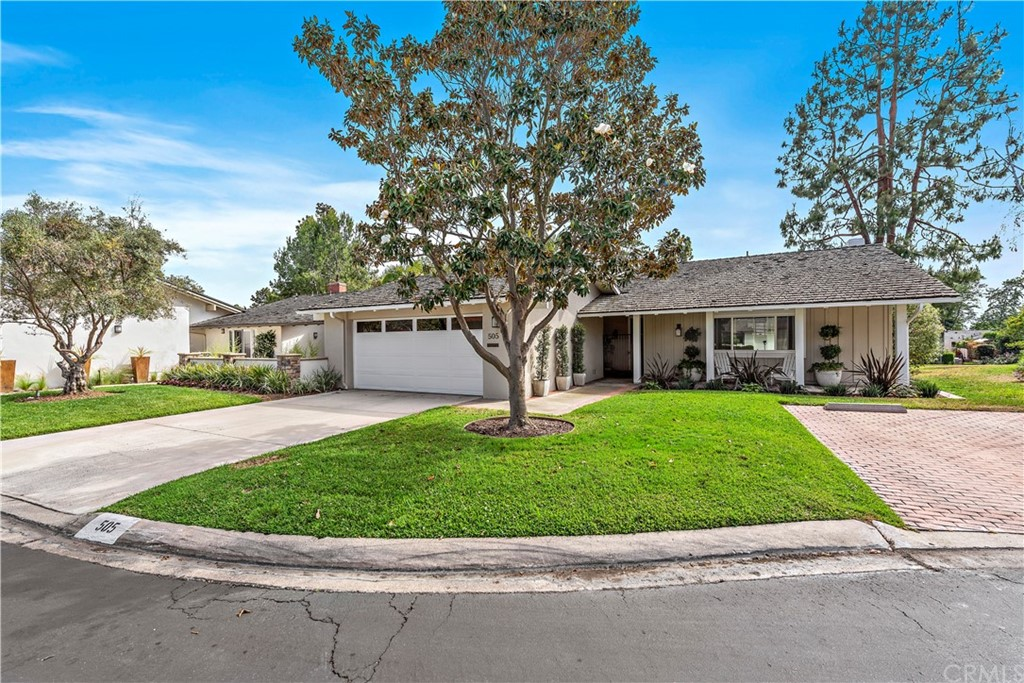 Photo of 505 Avenida Ladera, Newport Beach, CA 92660