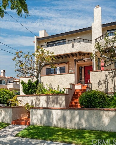 2501 Grant Avenue A, Redondo Beach, California 90278, 3 Bedrooms Bedrooms, ,2 BathroomsBathrooms,For Sale,Grant,SB20070804
