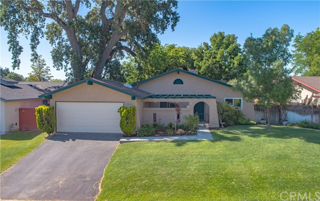 745 Golden Meadow Drive, Paso Robles, CA 93465