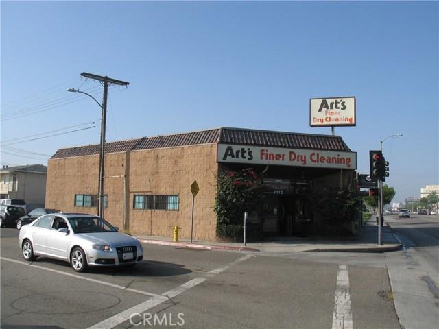 1512 W Redondo Beach Boulevard, Gardena, CA 90247