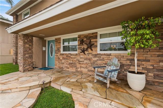 5. 2016 Calvert Avenue Costa Mesa, CA 92626