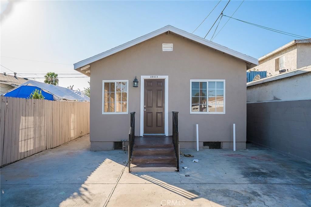 10813     Mona Boulevard, Los Angeles CA 90059