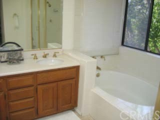27 Bloomdale, Irvine, CA 92614 Photo 12