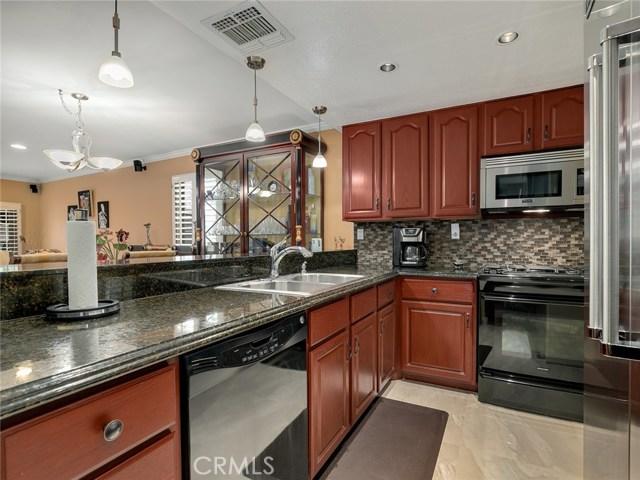 15735 Nordhoff Street 11, North Hills, CA 91343