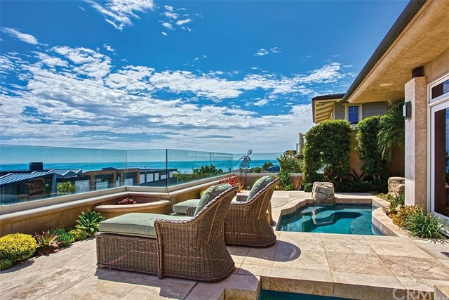 4515 Perham Road | Cameo Shores (CSHO) | Corona del Mar CA