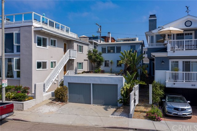 1820 Manhattan Avenue, Hermosa Beach, California 90254, ,For Sale,Manhattan,SB20249806