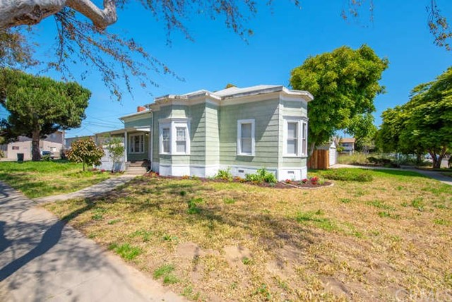 Property for sale at 403 W Walnut Avenue, Lompoc,  California 93436