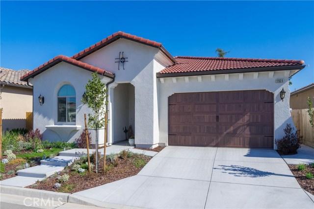 11524 N Via Venitzia Avenue, Fresno, CA 93730